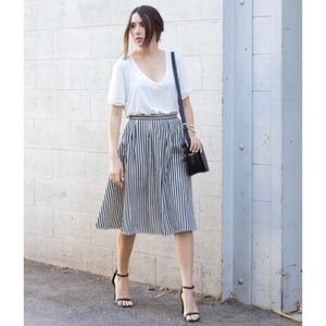F21 Striped Blue and White Midi Skirt With Pockets
